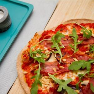 Italia-inspirert pizza med ekstra proteiner