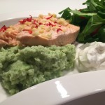 Ovnsbakt laks med grønn puré