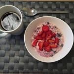 Kjøleskapsgrøt med blåbær og vanilje