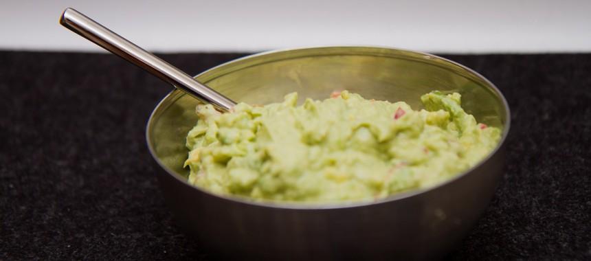 Enkel og god guacamole med kesam