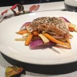 Laks med ovnsbakte rotgrønnsaker