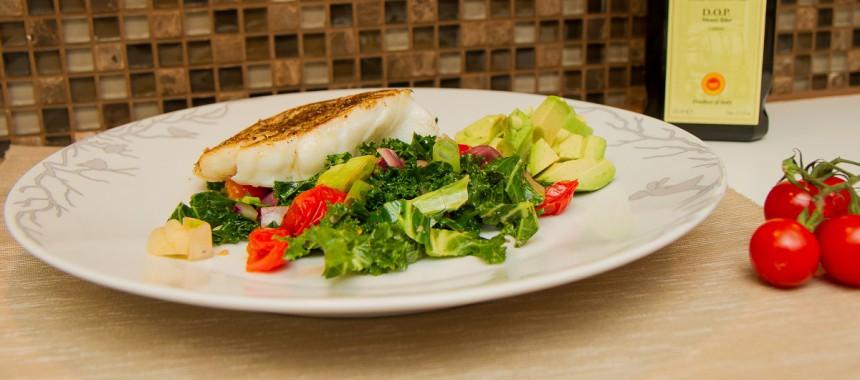 Stekt torsk med tomatsalat