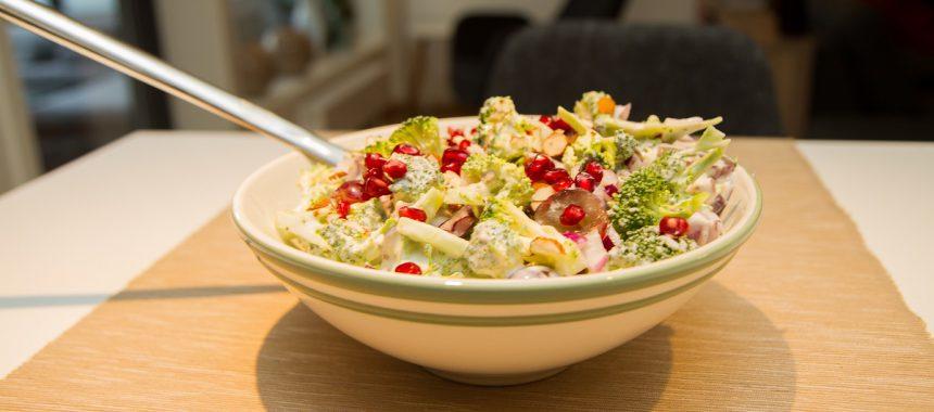 Frisk og smakfull brokkolisalat