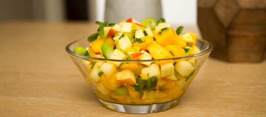Mango- og eplesalat