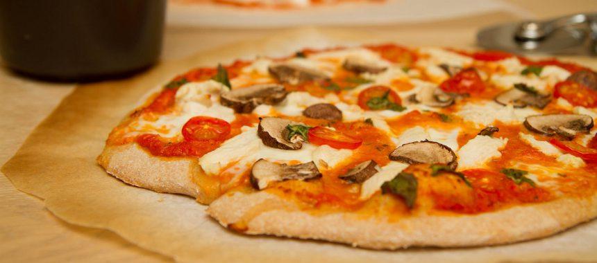 Den beste pizzasausen/ tomatsausen