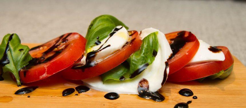 Caprese – tomat og mozarellasalat