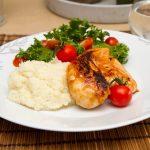 BBQ-marinert kylling med persillerotpuré