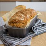 Eltefritt surdeigsbrød av rug og hvete