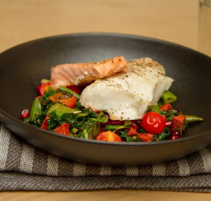 Fisk med chorizo- og grønnkålsalat