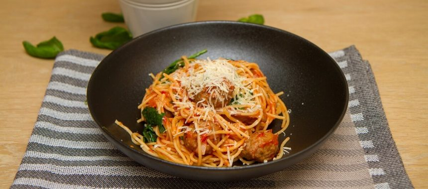 One pot pasta med kjøttboller