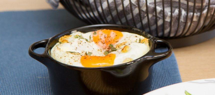 Egg cocotte (oeufs en cocotte)