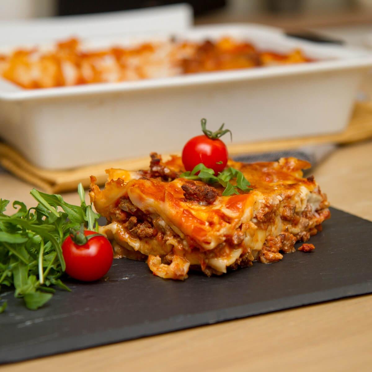 Lasagne med ruccola og tomater