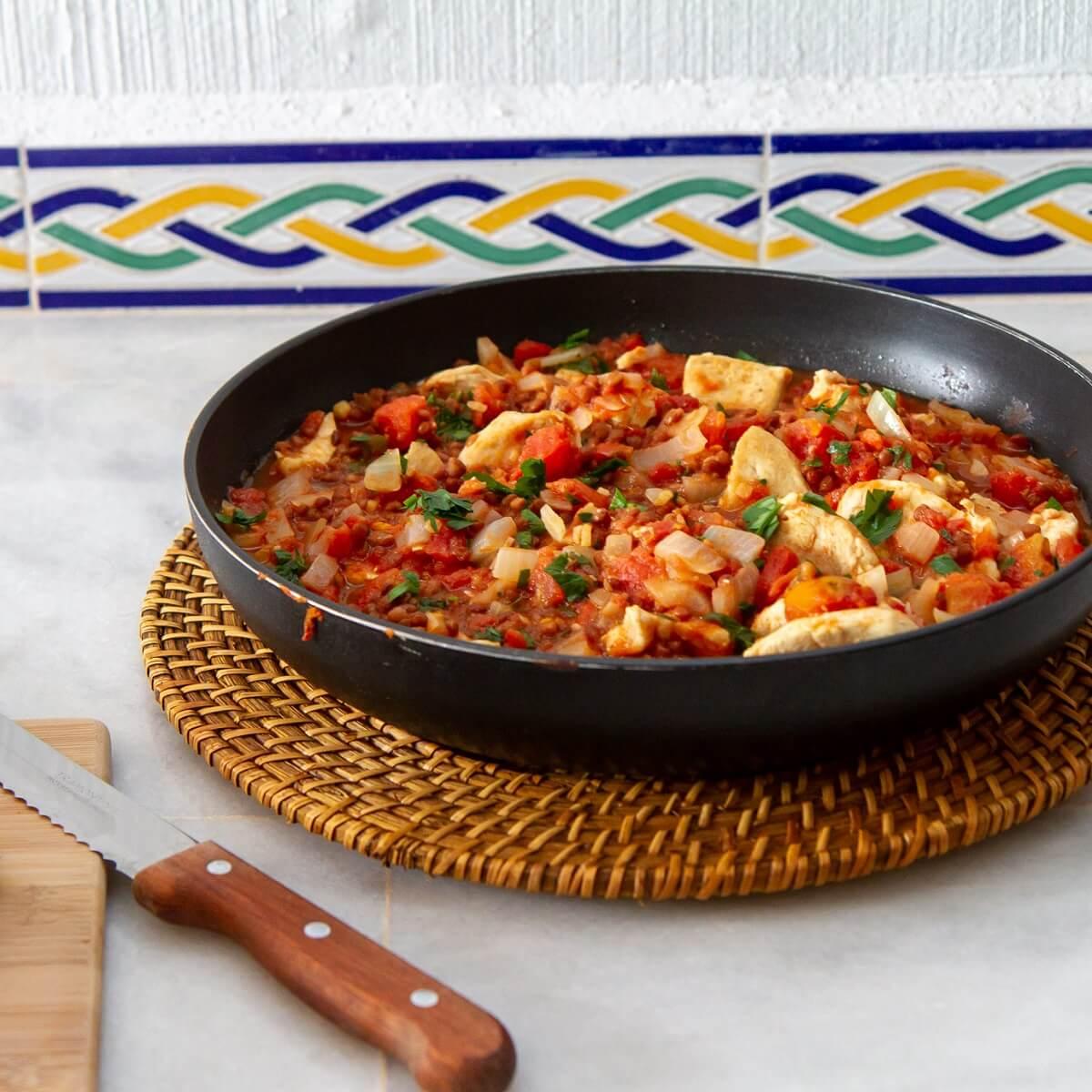 Spicy kyllinggryte med harissa