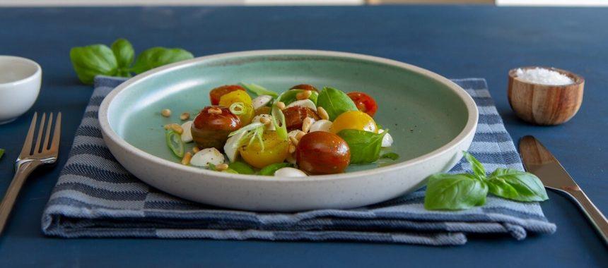 Lun tomat- og mozzarellasalat