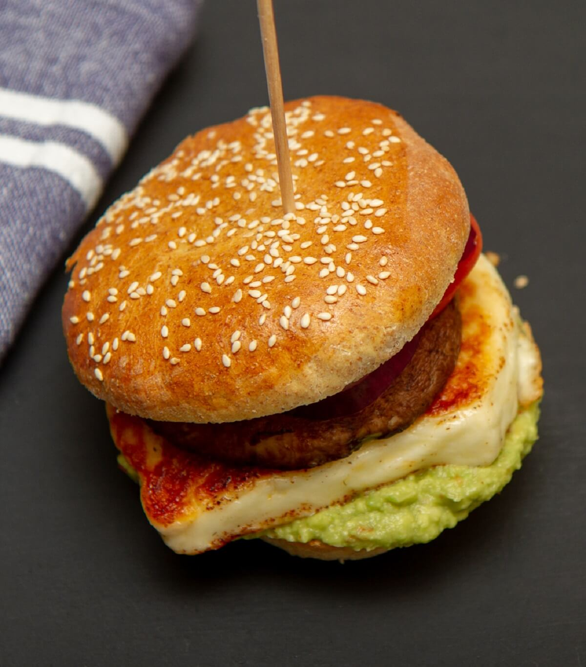 Halloumiburger med portobello og guacamole