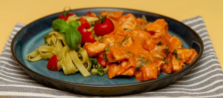 Kyllingstroganoff med pasta